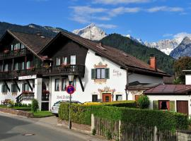 Bed and Breakfast Hotel Garni Trifthof, hotel in Garmisch-Partenkirchen