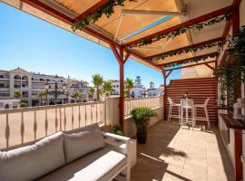 Gran apartamento de 3 dormitorios en Plaza De España, apartment in Nerja