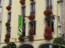 Hotel Cheval De Bronze, hotel in Remiremont