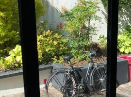 Les voiles rouges, guest house in Saint-Martin-de-Ré