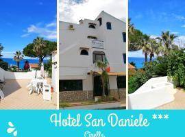 Hotel San Daniele, hotel in Cirella