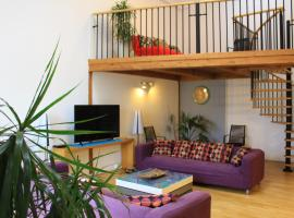 Beautiful Apartments in the City Center, semesterboende i Prag
