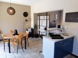 Studio 2 pers tourisme et business Namur, apartment in Namur