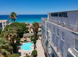 Splendid Hôtel, hôtel à L'Île-Rousse près de: Phare de la Pietra