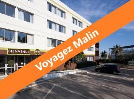 HÔTEL B&B Ville Active*** très bien situé, parking sécurisé gratuit, hotel a Nîmes