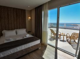 Iliad Hotel, hotel in Durrës