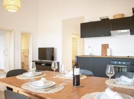 Spacious apartment 500m to the beach, apartment in Fažana