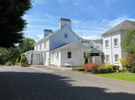 Leighinmohr House Hotel, hotel in Ballymena