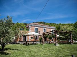 Casale De Filippo, villa in Maratea