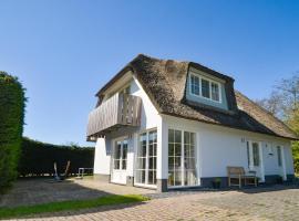 Waddenduyn 8, villa in Den Burg