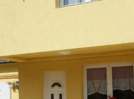 Well Living Apartments, serviced apartment in Balatonalmádi