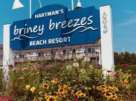 Hartman's Briney Breezes Beach Resort, family hotel in Montauk