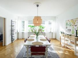 Boende i ett lugnt och centrumnära villaområde, apartment in Gothenburg