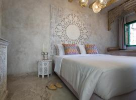 DECAN Concept Boutique Estate, hotel in Rhodes Town