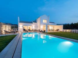 Melia Villa, Kos Island, budget hotel in Kos Town