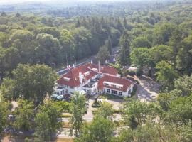 Hotel Konbanwa, hotel in Heilig Landstichting