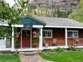 Secret Garden Bed and Breakfast, B&B in Ouray