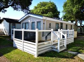 Sea View Lodge Mudeford, hotel near Mudeford Beach, Christchurch