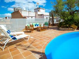 AL32 - Atico con piscina privada 200m de la playa, apartamento en Lloret de Mar