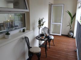 Spacious 2 bedroom apartment in the centre of Kenmare, apartment in Kenmare