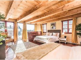 La Conciergerie- 2 Stories with Private Rooftop, apartment in Montreal