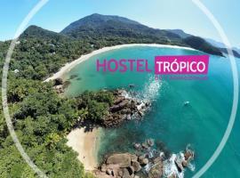 Hostel Trópico de Capricórnio - Centro, hotel in Ubatuba