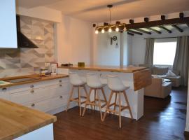 Apartamento A Pie De Pista Muy Comodo Y Vistas Inmejorables, hotel en Sierra Nevada