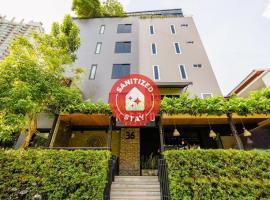 OYO 137 Kitzio House, hotel near Siam Niramit, Bangkok
