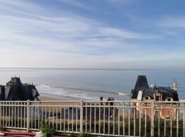 Les pieds dans l'eau, apartment in Trouville-sur-Mer