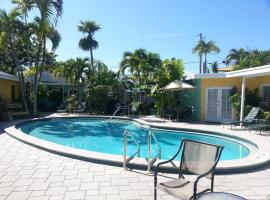 Alexander Palms Court - 2 Blocks to Duval Street, homestay in Key West