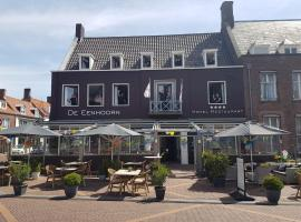 De Eenhoorn, hotel v destinaci Oostburg