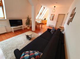 Zentrales Dachgeschoss-Apartment Bielefeld, accessible hotel in Bielefeld