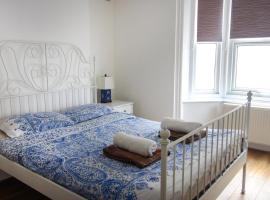 Cosy Central Canterbury - Modern Victorian, hotel in Kent