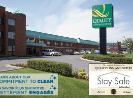 Quality Inn & Suites Aéroport P.E. Montréal-Trudeau Airport, hotel em Dorval