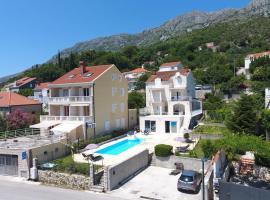 Apartments Pralas, hotel near ACI Marina Dubrovnik, Mokošica