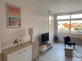 Les Alisés, apartment in Merville-Franceville-Plage