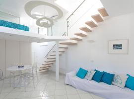 Rooftop Luxury Suite by CapriRooms, apartment in Capri