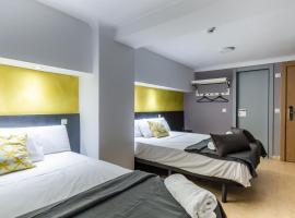 Sun & Moon Hostel, auberge de jeunesse à Barcelone