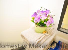 homestay mekar idaman, family hotel in Kepala Batas