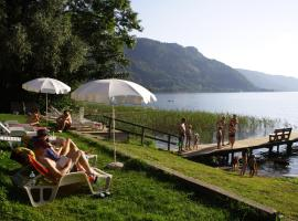 Seehaus Karantanien am Ossiacher See, Ferienwohnung in Ossiach