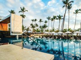 Secrets Royal Beach Punta Cana - Adults Only, hotel near Cocotal Golf and Country Club, Punta Cana