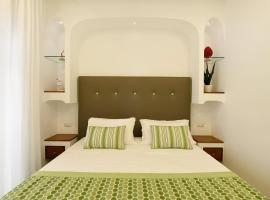 Sorrento Rooms, family hotel in Sorrento
