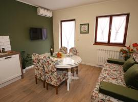 Apartments Paola, self catering accommodation in Rovinj