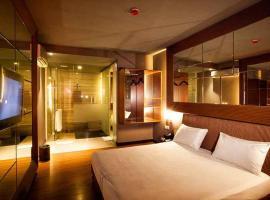 108 Hotel by HIM, hotel near Museum Bank Indonesia, Jakarta