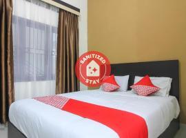 OYO 962 Family Residence, hotel in Pekanbaru