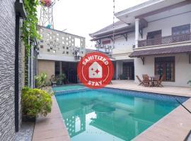 OYO 1421 Kasmaran Residence Syariah, hotel in Jakarta