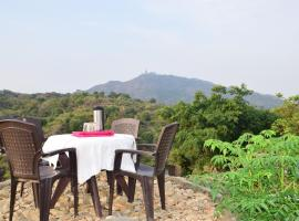 Hotel Krishna Villa Mount Abu, pet-friendly hotel in Mount Ābu