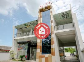 OYO 2140 Hs Residence, hotel in Tulungagung