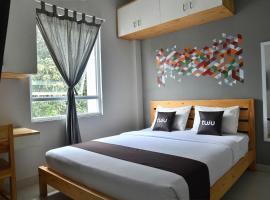 Tuju WK Homes Syariah, hotel near Ragunan Zoo, Jakarta