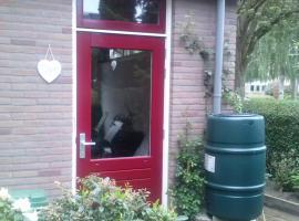 Bnb de rode kamer, B&B in Zwolle